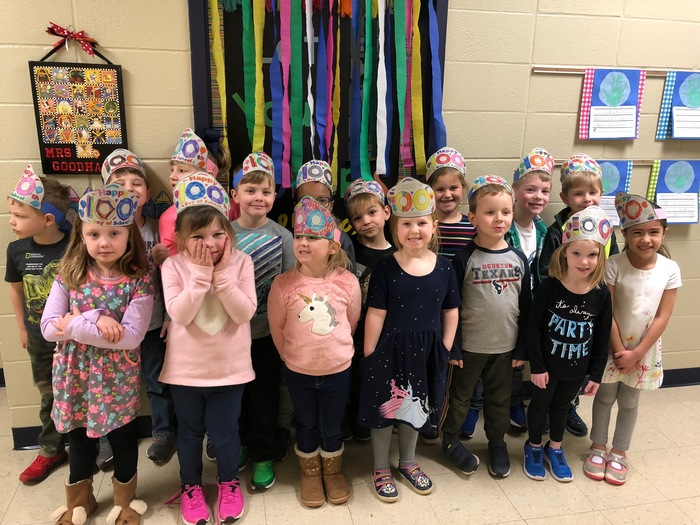 Kindergarten enjoyed celebrating the 100th day of school!